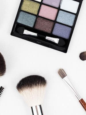 https://www.terra-senso.com/wp-content/uploads/2019/06/Terra-Senso-analyse-maquillage--300x400.jpg