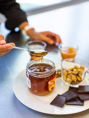 https://www.terra-senso.com/wp-content/uploads/2019/06/TerraSenso-analyse-miel-300x400.jpg